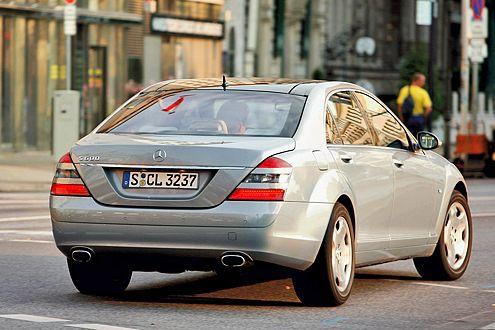 Der S 600 ist zierlicher, eleganter und weniger protzig als der Engländer.