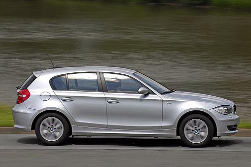 Spart mit pfiffigen Tricks: BMW 120i.
