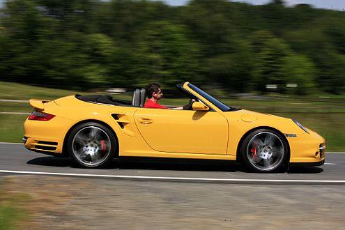 Eines der schnellsten Cabrios überhaupt: der offene 911 Turbo.