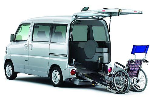 Mit Rampe am Heck eignet sich der Clipper auch für Rollstuhlfahrer.