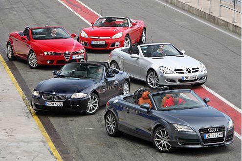 Die Stunde der Wahlheit: Trotz des zahlenmäßig unterlegenen Motors (vier statt sechs Zylinder)konnte der Opel GT auf der Rennstrecke überzeugen.