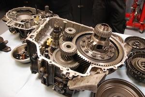 Getriebe-Reparatur: Automatikgetriebe
