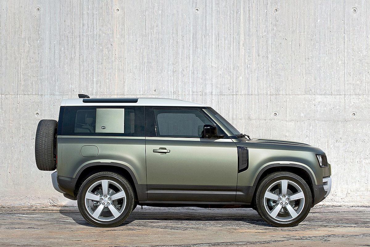 Land Rover Defender (2019) 21