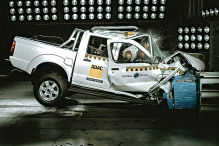 Nissan NP300 Hardbody: Global NCAP