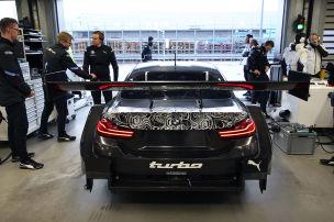 Erste Ausfahrt für die Turbo-Autos