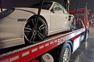 Clan-Porsche gestoppt