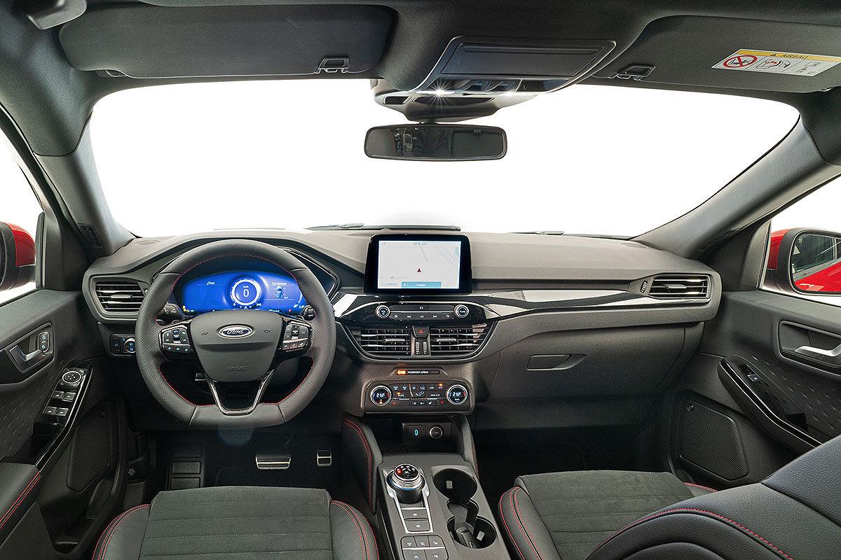 Ford Kuga III (2019) 18