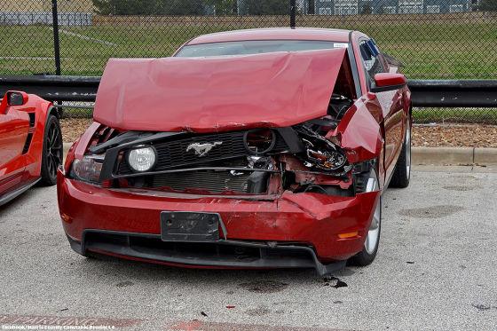 Einbruch Bei Autohändler Jugendliche Beschädigen über 20 Autos