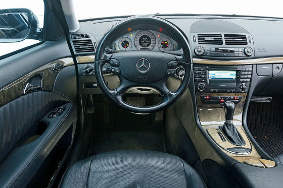mercedes e klasse w 211 gebrauchtwagen test. Black Bedroom Furniture Sets. Home Design Ideas