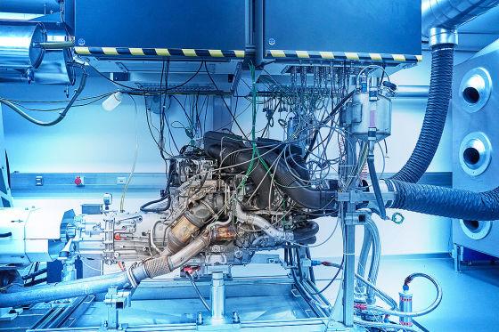BMW X3 M und BMW X4 M TwinPower Turbo 6-Zylinder Benzin Motor  !! SPERRFRIST 13. Februar 2019 00.01 Uhr !!