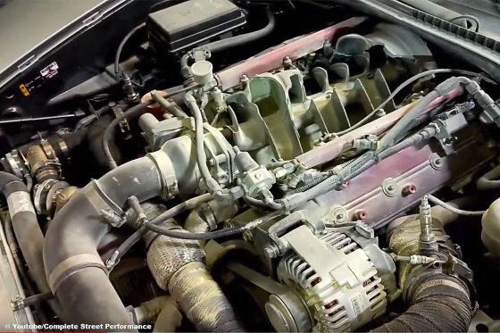 Monster-Corvette wird zum Flammenwerfer