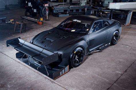 Getunter Nissan GT-R mit Mega-Flügeln