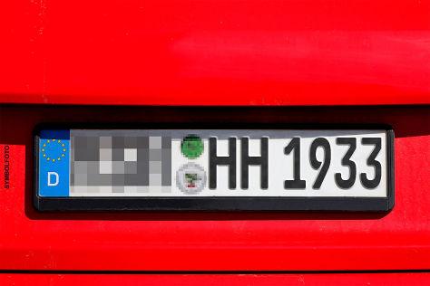 Kennzeichen mit NS-Bezug verboten