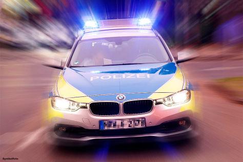 BMW 3er gegen Renault Twingo: Illegales Rennen
