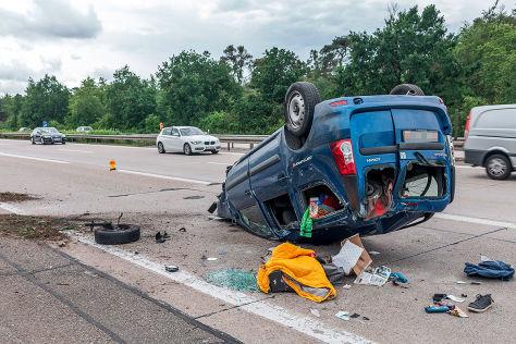 Dacia Logan: Verfolgungsjagd über A5, A6 und A8