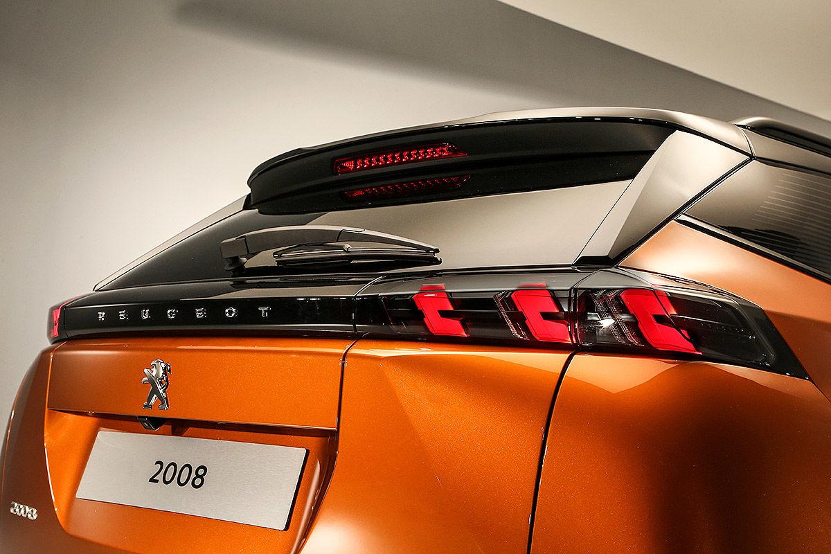 Peugeot 2008 II (2019) 18
