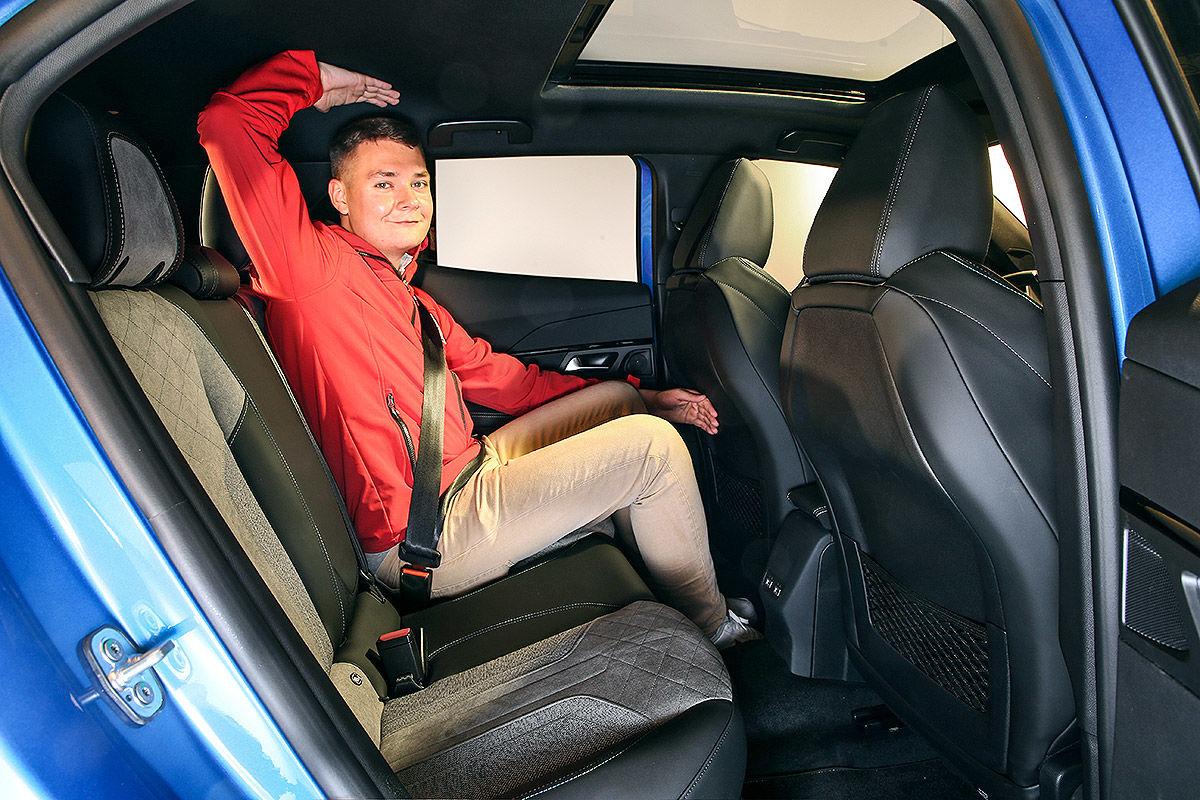 Peugeot 2008 II (2019) 26