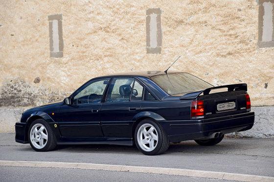Über-Opel mit niedriger Laufleistung