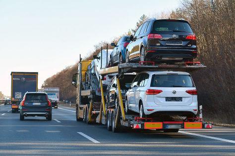Fahrzeugüberführung: Kosten und Infos