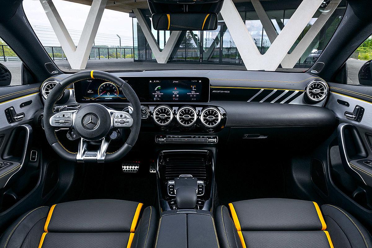 Mercedes-AMG CLA 45 Shooting Brake (2019): Bilder