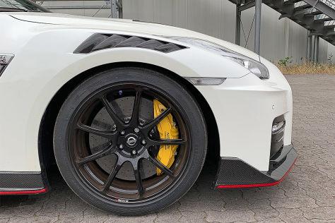 Nissan GT-R Nismo: Gelbe Bremssättel