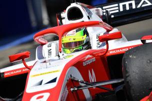 Schumacher in Startreihe zwei