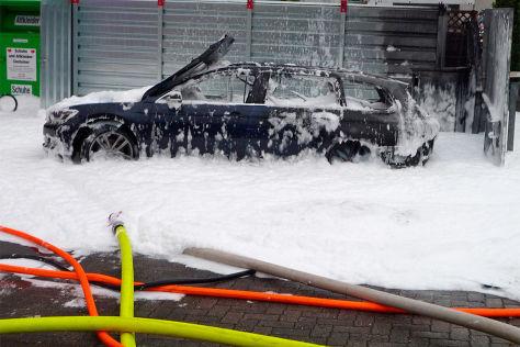 VW Passat: Staubsauger und Schlauch keine Hilfe