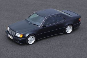 Brachialer Breitbau-Benz mit 385 PS
