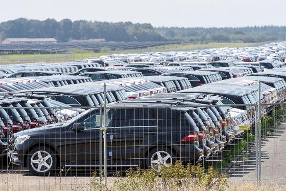 Warum lagert Mercedes diese Autos aus?