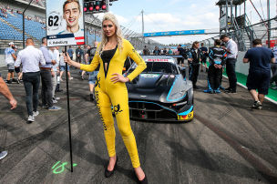 DTM: Grid Girls