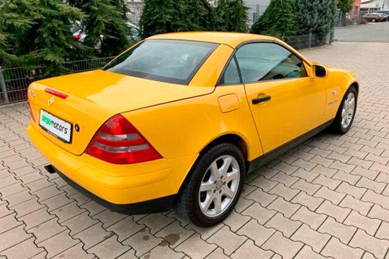 Zum Verkauf: Fast neuer Mercedes SLK