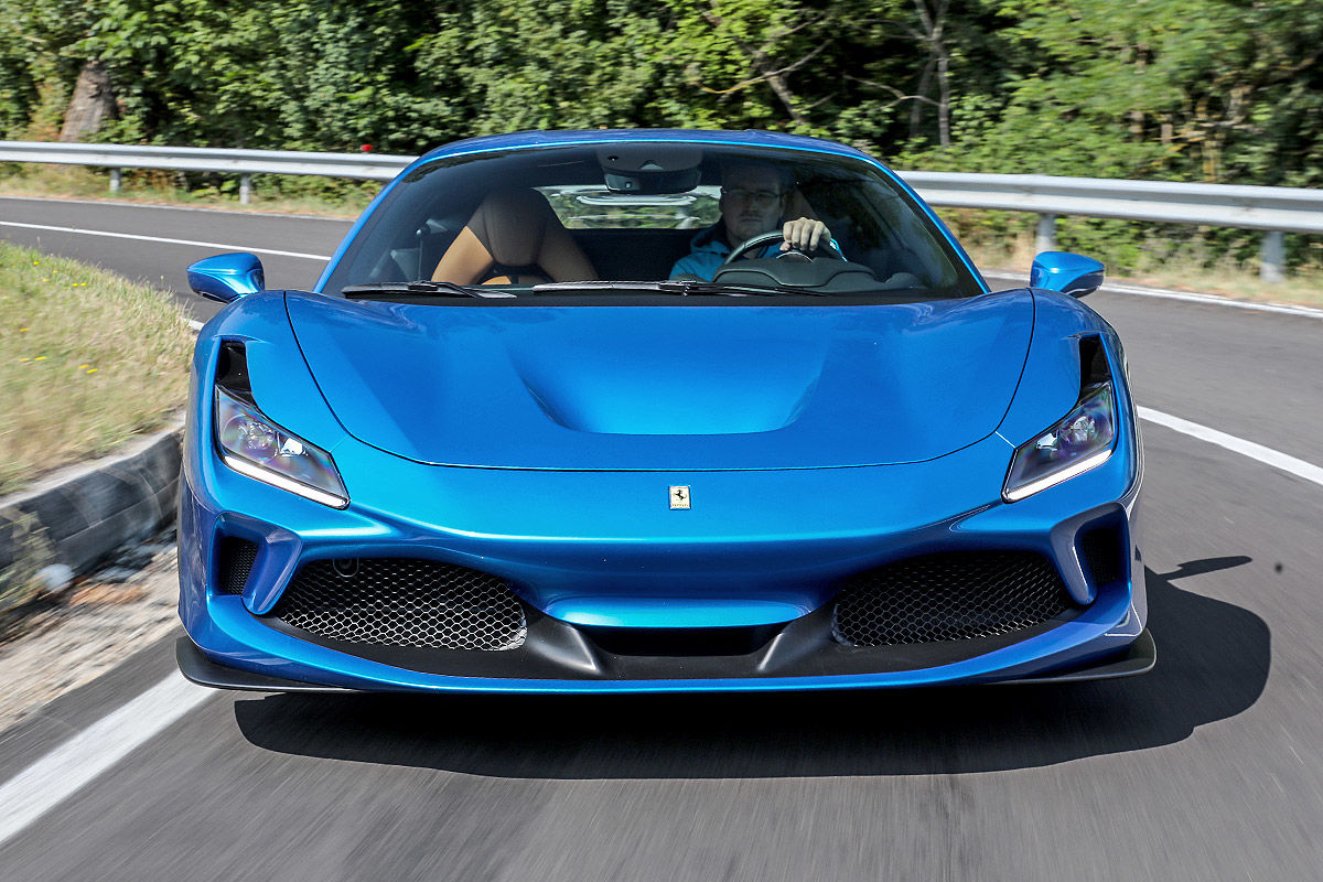 Ferrari F8 Tributo: Test