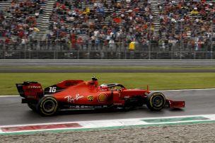 Hamilton splittet Ferrari-Stars