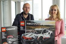 Lego-Duell: Porsche 911 gegen Harley