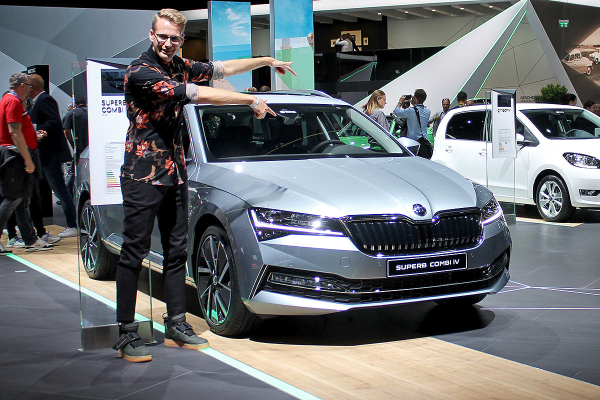 Skoda Superb vs. VW Passat: Kombi-Duell