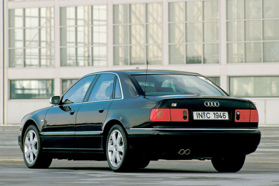 Audi S8 (Erste Generation)