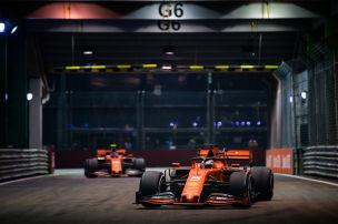 Vettel im Rennduell klar vor Leclerc
