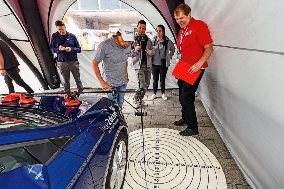 Wie gut parkt's der Rennfahrer?