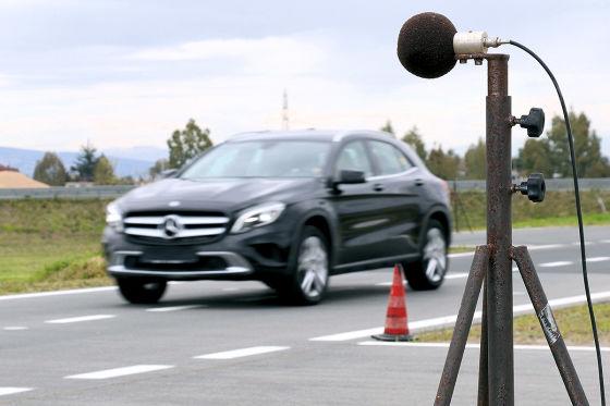 Mercedes GLA: Reifentest, Geräuschmessung