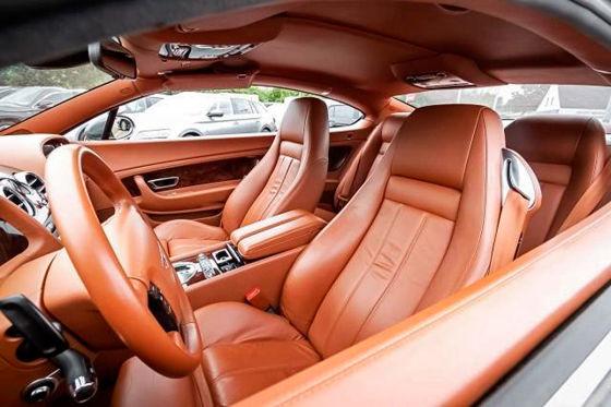 Bentley fahren zum Golf-Preis