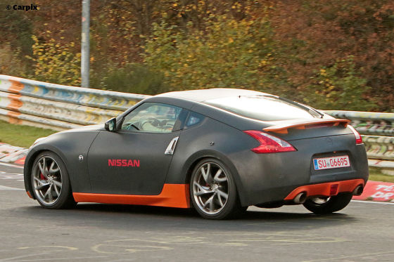 Nissan 370Z-Prototyp am Nürburgring erwischt