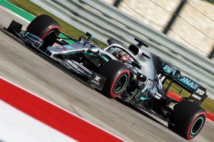 Hamilton Schnellster, Ferrari in Nöten