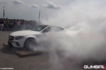 800-PS-Benz zerstört Reifen in Sekunden