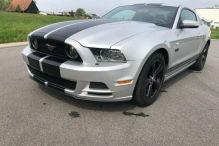 Ford Mustang: Schaltgetriebe, 426 PS