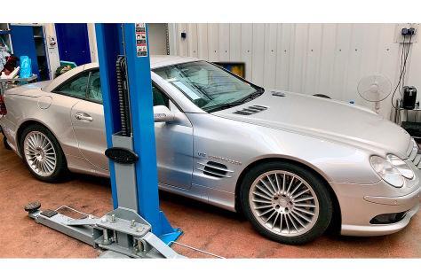BMW X5 und Mercedes SL sichergestellt
