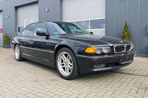 BMW 750i mit V12 f�r unter 10.000 Euro
