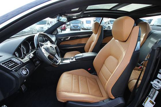 Benz-Coupé mit 333 PS unterm Hammer