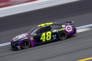 Erfolgreichster NASCAR-Fahrer h�rt auf