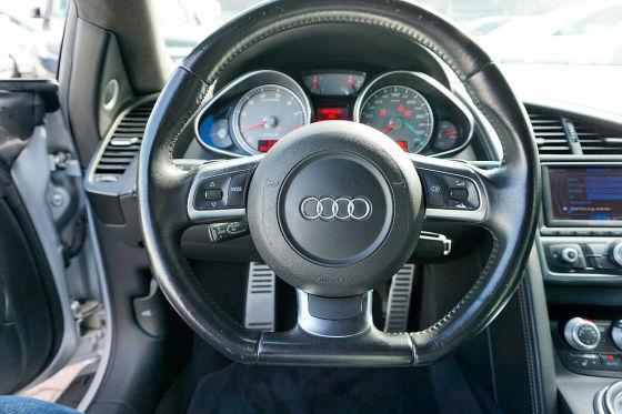 Audi R8 fahren zum A3-Preis