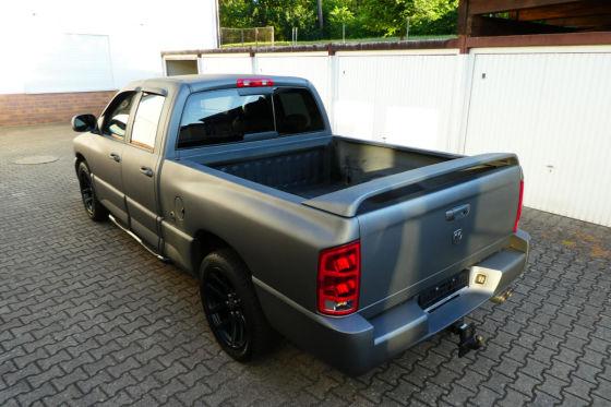 506 PS starker Monster-Truck zum Schnäppchenpreis